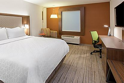 Holiday Inn Express_Room 2