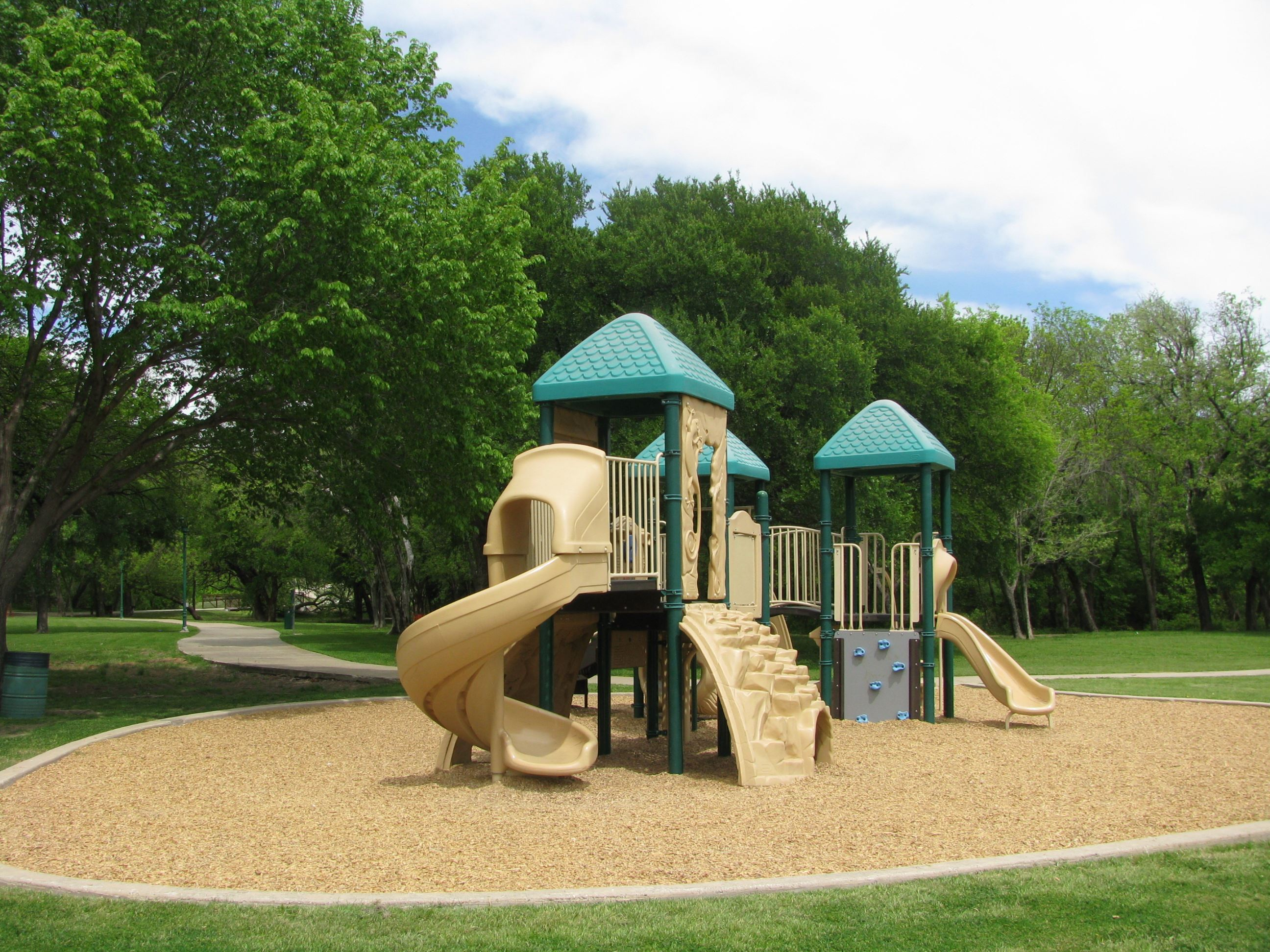 Play Structure at Bill Allen Memorial Park